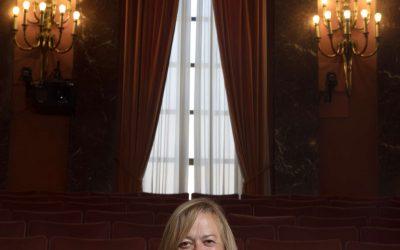 Conversaciones con científicas. El País. Dra. Rosa Menéndez, presidenta del CSIC